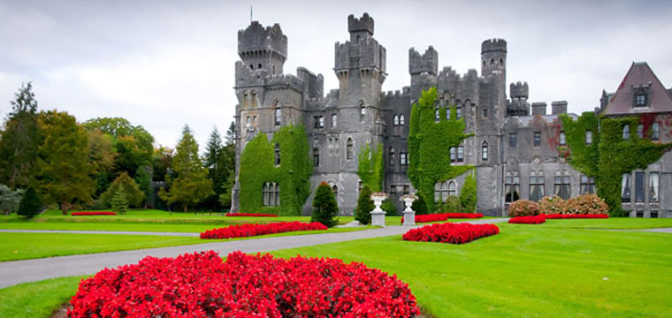 Ireland is full of beautiful sights and historical tours