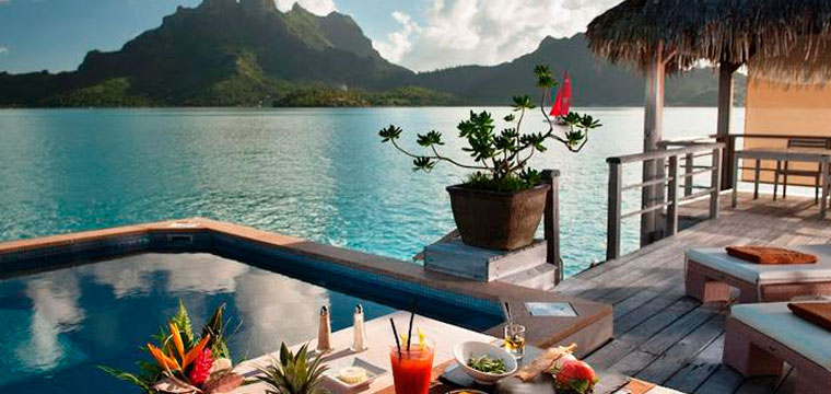 Relax from the infinity pool in the South Pacific