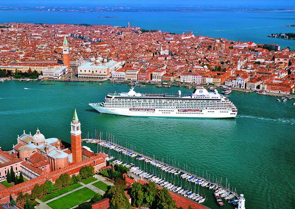 Crystal Serenity Venice Italy