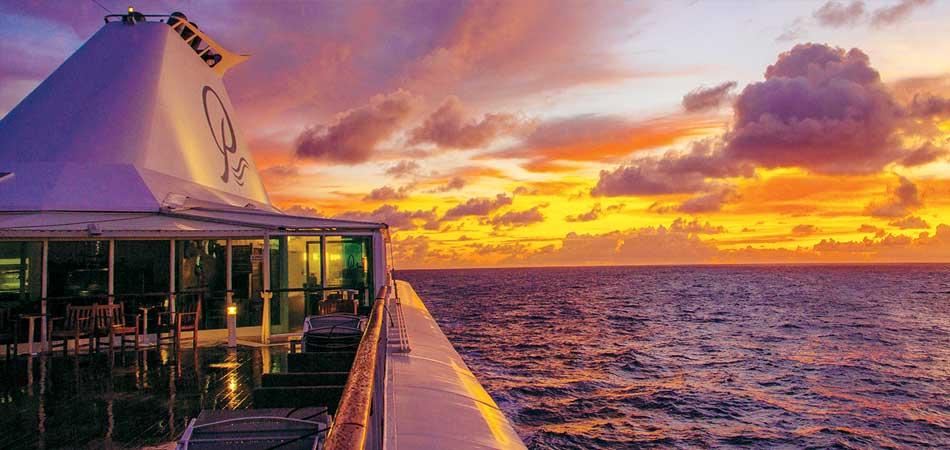 Tahiti has the most beautiful sunrise on earth