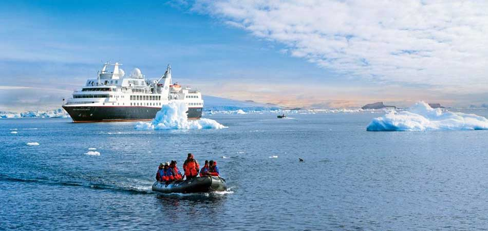Silver Explorer on an expedition cruise in Antarctica