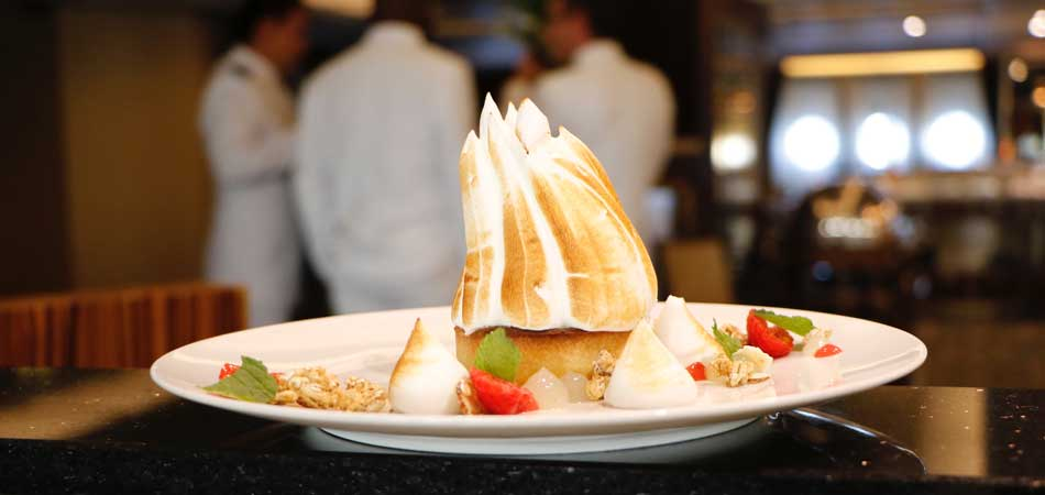 Whipped meringue for sweet touch of dessert