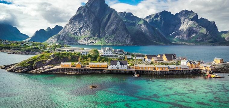 Explore the coasts of Norway