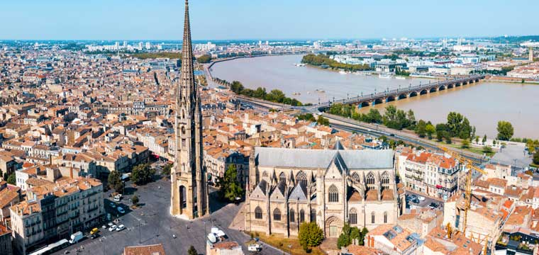 Bordeaux Garonne river in Southwestern France