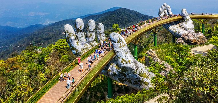 Cross the Golden Bridge in Da Nang, Vietnam
